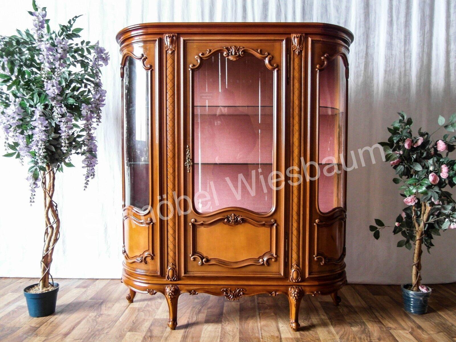 franz sische vitrine schrank aus kirschbaum holz. Black Bedroom Furniture Sets. Home Design Ideas