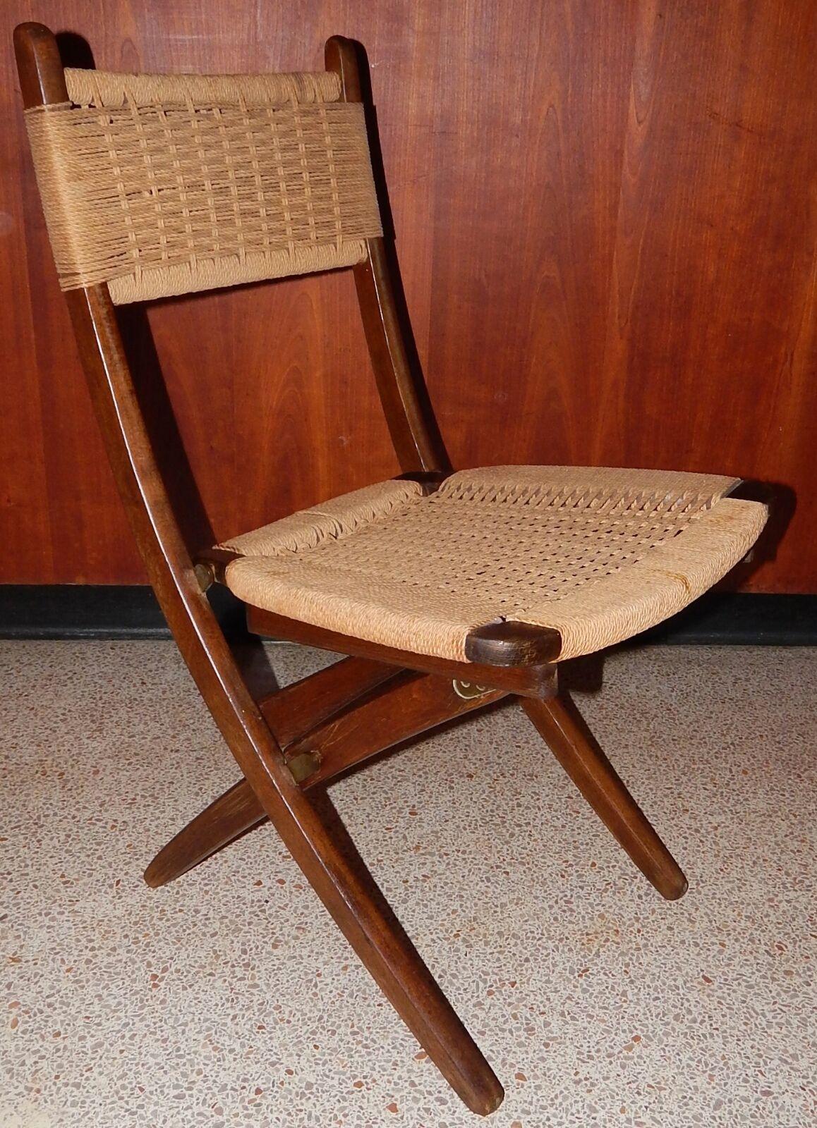 Vintage hans wegner folding chair something is